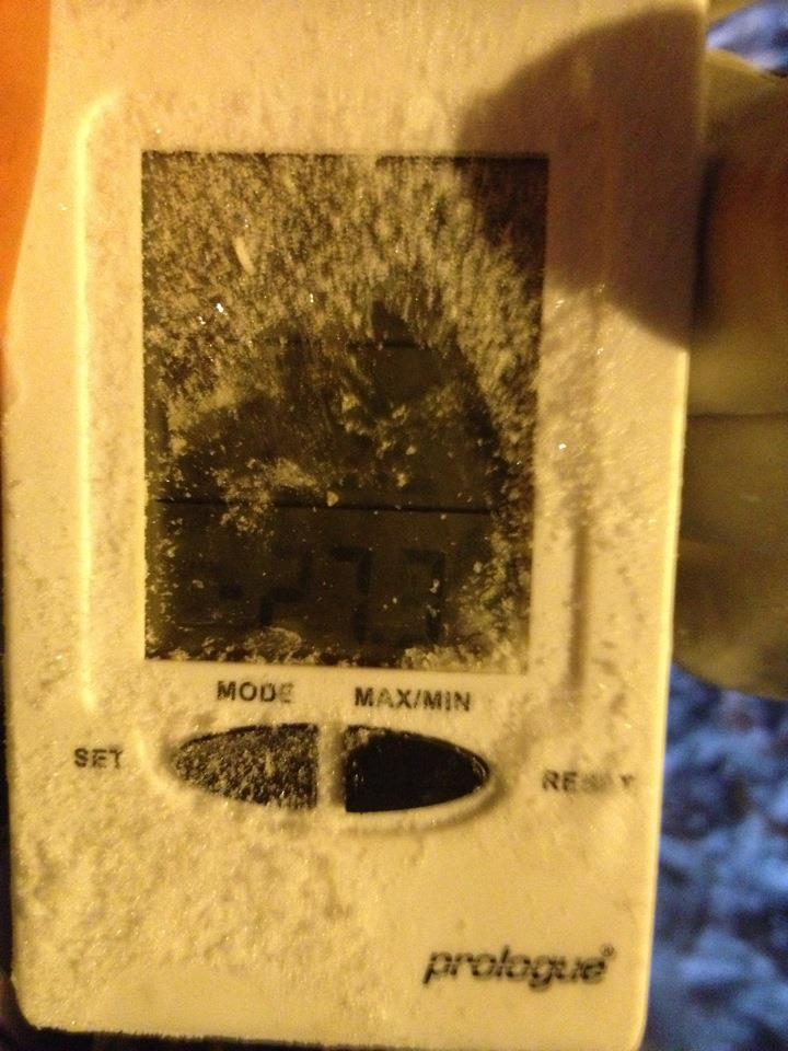 - 27.7 celsius at work 06.12.12